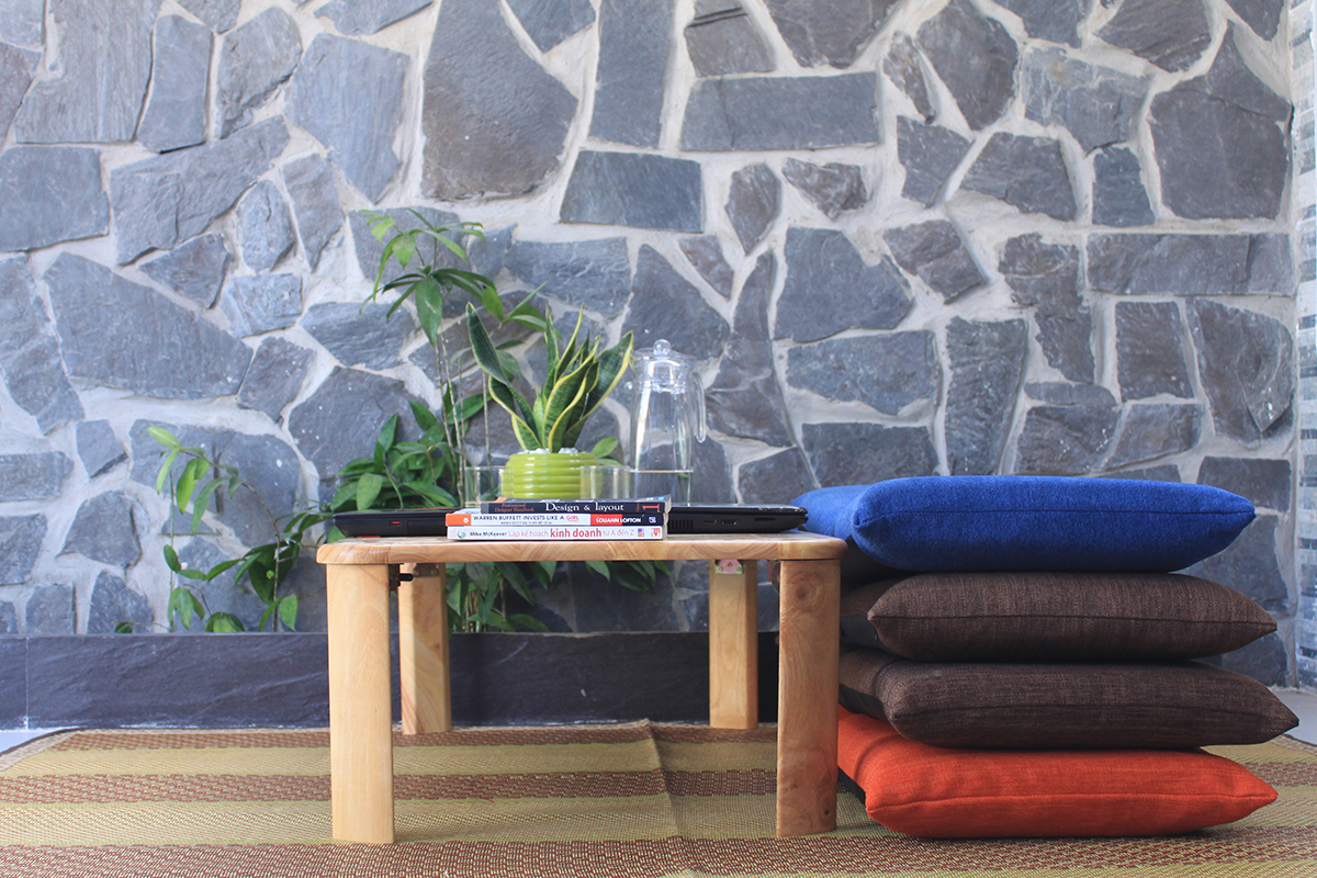 Ghế và bàn có thể xếp gọn sau khi sử dụng