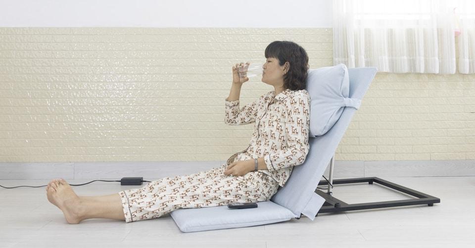 Ghế giường y tế tự động - hỗ trợ chăm sóc người già và người bệnh