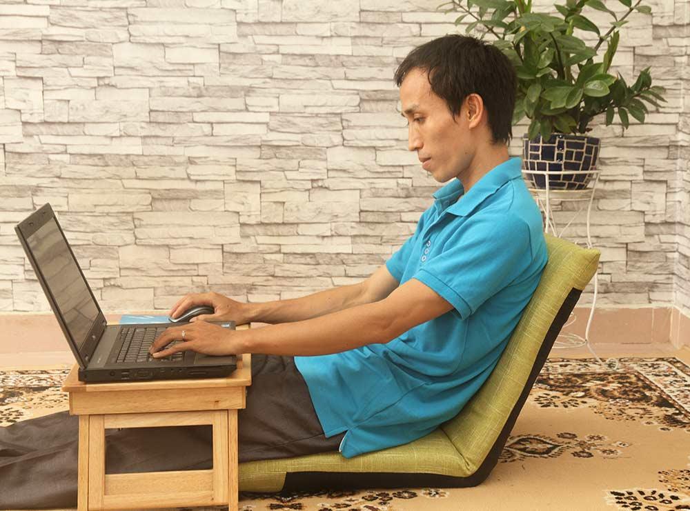 Ngồi làm việc thoải mái hơn cùng ghế Pisu Plus