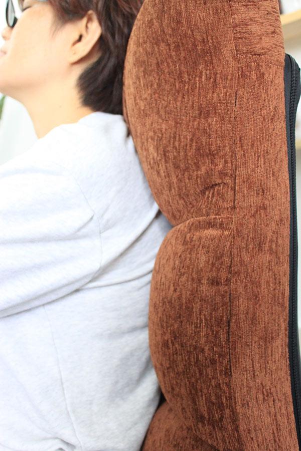 Dựa cổ và lưng thoải mái hơn cùng ghế ngồi bệt Tatami Jumpo